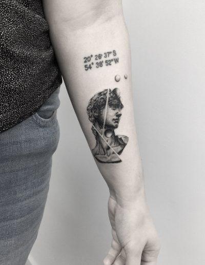 gergo augusztiny hungary budapest david statue tattoo
