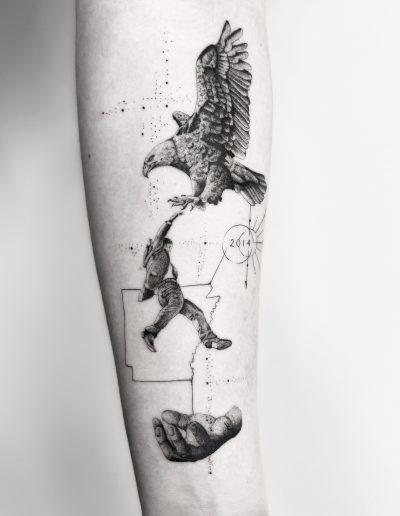 gergo augusztiny hungary budapest eagle fine line tattoo